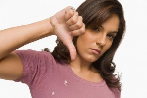 woman - thumbs down_1